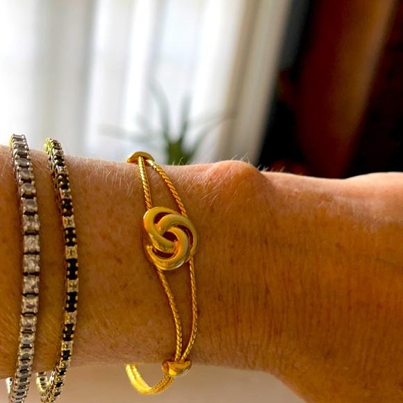 Goldette dainty Bracelet